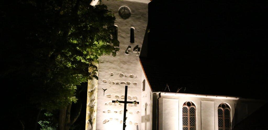 Iluminacje kościołów na Wybrzeżu Słowińskim