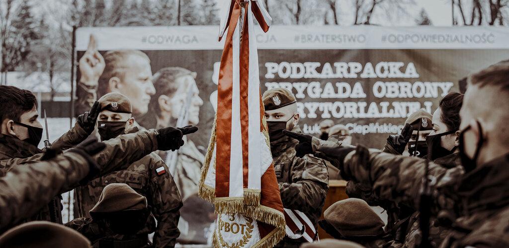 Zapowiedź przysiąg w WOT. Sens służby wojskowej wyraża się w oddaniu i poświęceniu dla wartości.
