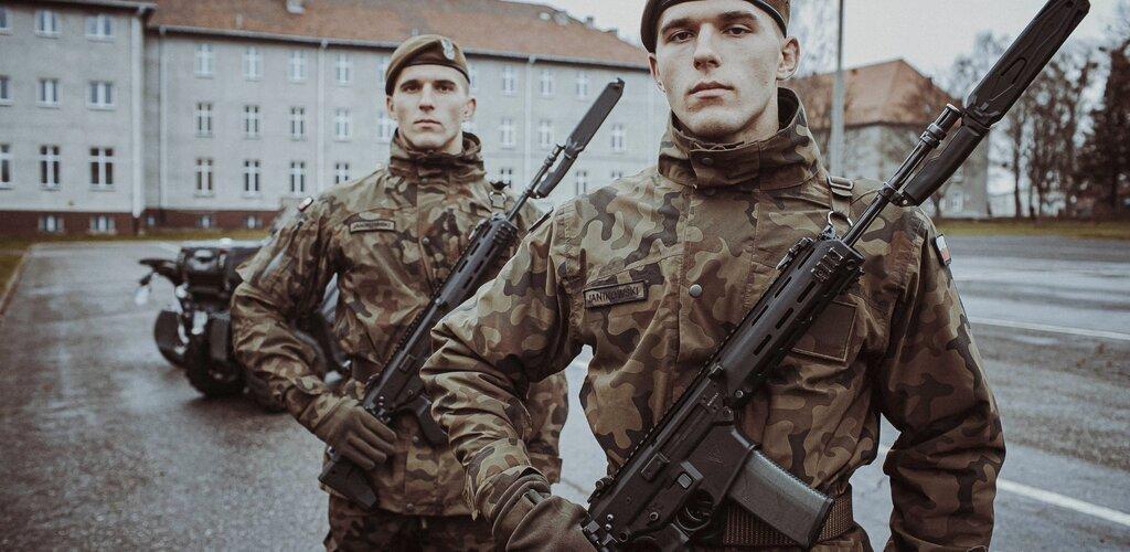 Bracia bliźniacy spod Chojnic złożyli przysięgę wojskową.