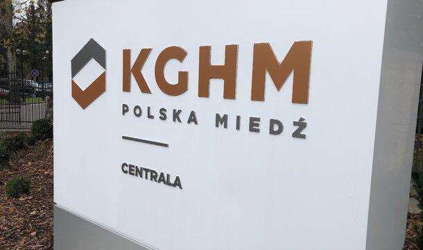 KGHM no se rinde ante la pandemia. Logra altos resultados operativos, lleva a cabo un proceso de fabricación e inversión estable y de acuerdo con el plan, y al mismo tiempo garantiza la seguridad de la financiación