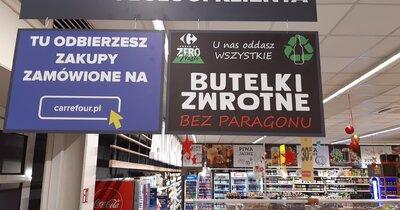 W Carrefour oddasz butelki zwrotne bez paragonu – ruszył test akcji w Warszawie