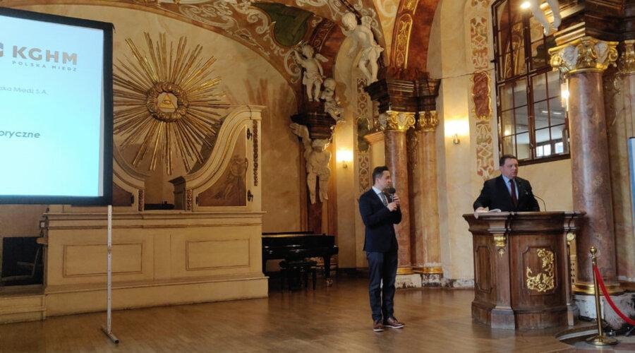 Preservar la memoria del legado de Ignacy Domeyko.  KGHM - socio de la conferencia con la participación del bisnieto del geólogo polaco