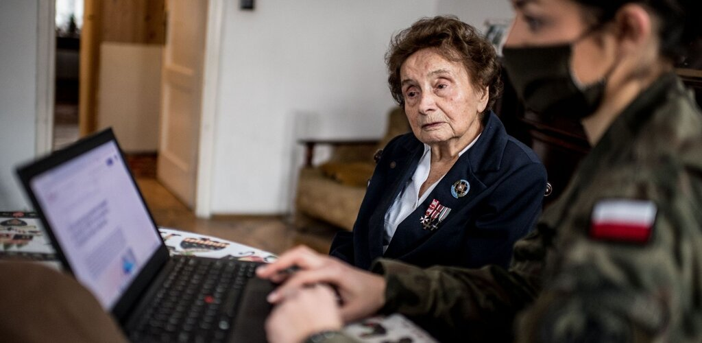 Terytorialsi wspierają seniorów w szczepieniach
