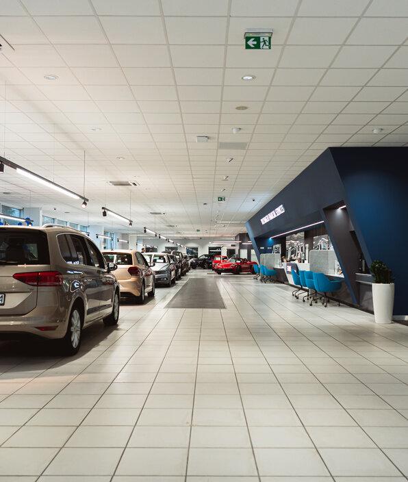 Indeks rynku moto VWFS: w pandemii Polacy stawiają na używane samochody