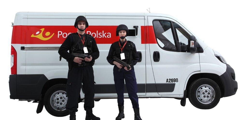 Poczta Polska Ochrona uzyskuje dwa prestiżowe certyfikaty, potwierdzające wysoką jakość świadczonych usług