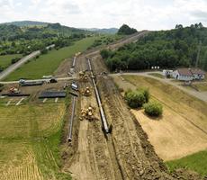 """Budimex wykonał """"złotą spoinę"""" na budowanym na zlecenie GAZ-SYSTEM interkonektorze gazowym pomiędzy Polską a Słowacją"""