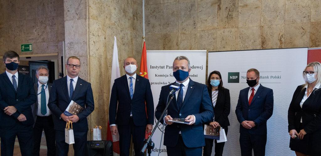 Uroczyste otwarcie wystawy poświęconej obronie Poczty Polskiej w Gdańsku w Urzędzie Pocztowym Bydgoszcz 1