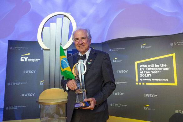 Rubens Menin, założyciel i prezes brazylijskiej firmy MRV Engenharia Światowym Przedsiębiorcą Roku EY 2018
