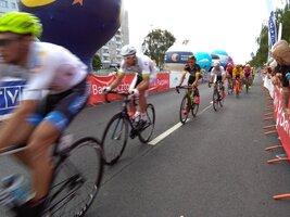 """Startuje 30. Międzynarodowy Wyścig Kolarski """"Solidarności"""" i Olimpijczyków"""