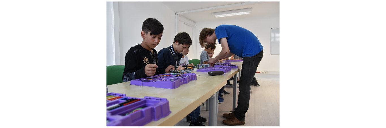 Wiedza do potęgi. Fundacja BNP Paribas wyrównuje szanse edukacyjne dzieci i młodzieży we współpracy z Fundacją Ocalenie