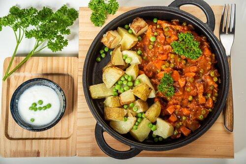Zrób to warzywnie – tradycyjne dania w roślinnej odsłonie