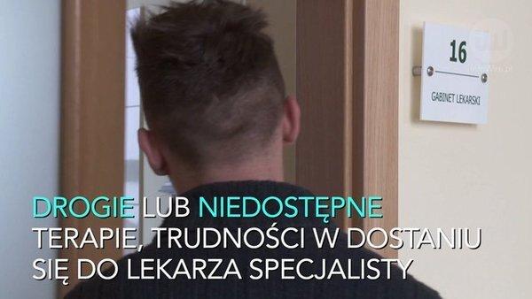 Łuszczycę można leczyć, ale czy w Polsce? 76% pacjentów ma problem z dostaniem się do dermatologa